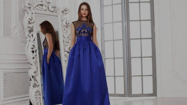 платье вечернее в пол юбка пышная синяя верх с кружевом