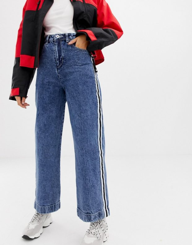 джинсы 2018-2019 года широкие