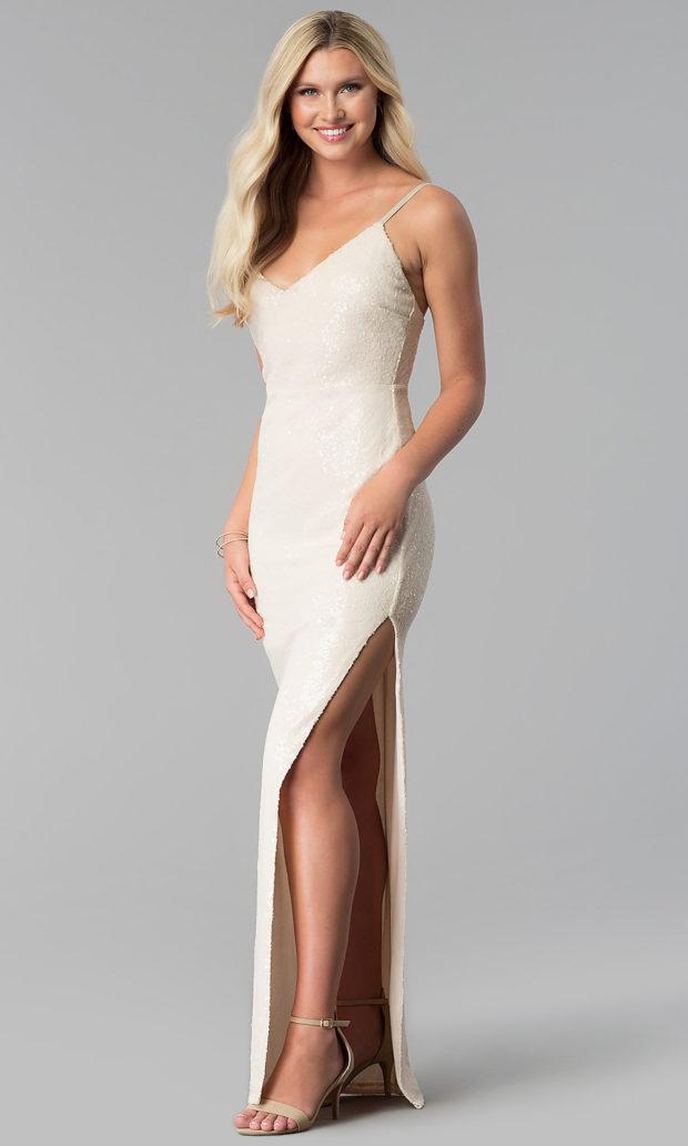 вечерние платья в пол: белое блестящее