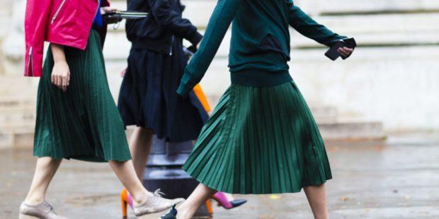юбка плиссе с чем носить: миди зеленые