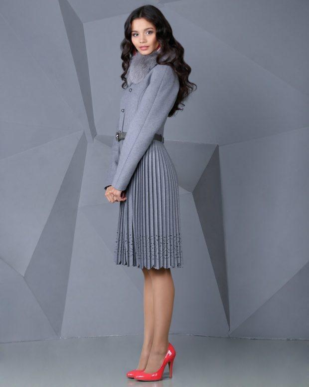 юбка плиссе с чем носить: кашемировая серая