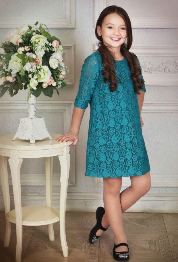 платье трапеция синее ажурное