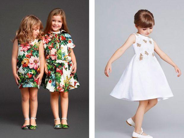 платья на каждый день яркие в цветы белое с юбкой пышной без рукава