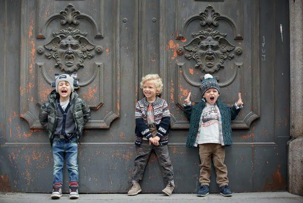 уличная мода для мальчиком джинсы куртки свитера шапки