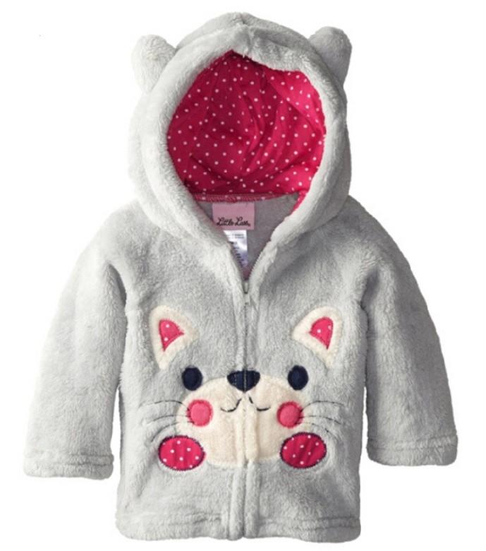 меховая куртка с котом на животе