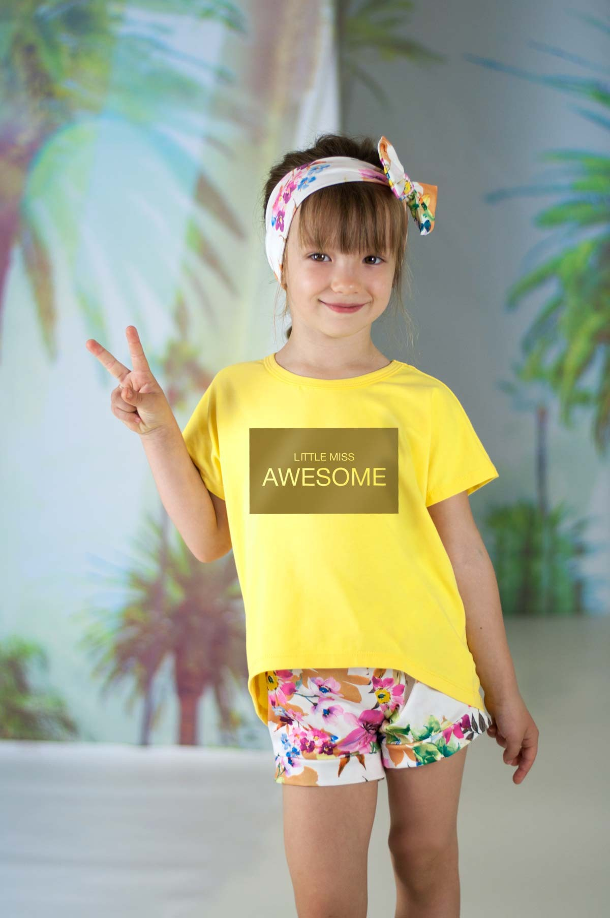 футболка оверсайз желтая с надписью