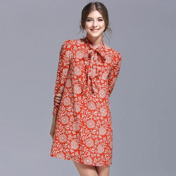платье легкое красное в узоры