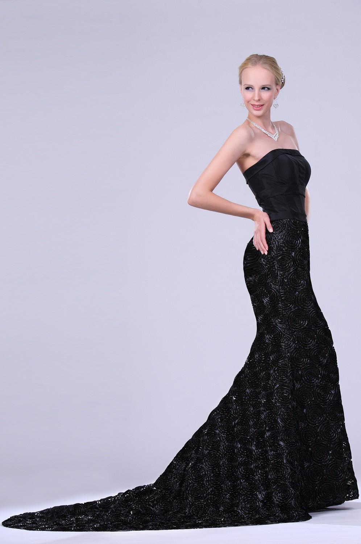 платье длиннное черное бюстье со шлейфом