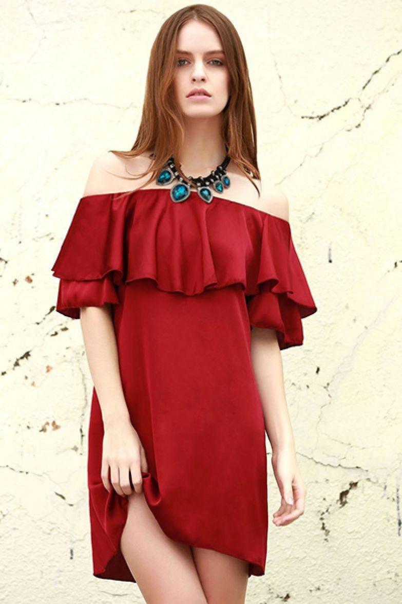 красное платье короткое с воланами