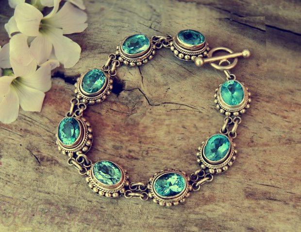 модная бижутерия 2018-2019: браслет серебро с круглыми камнями голубыми