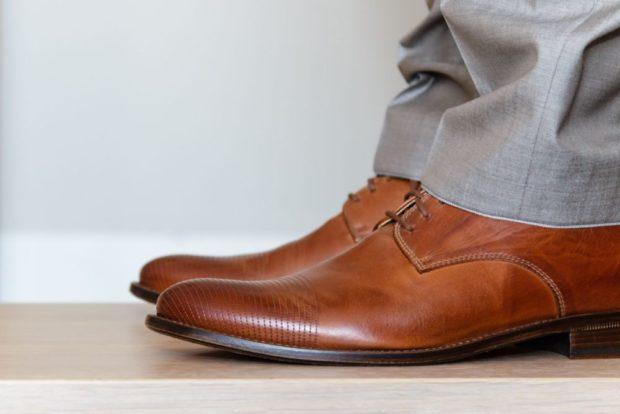 классические туфли коричневые
