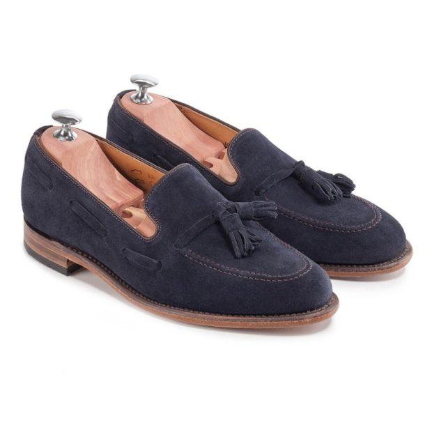 замшевые туфли с декором