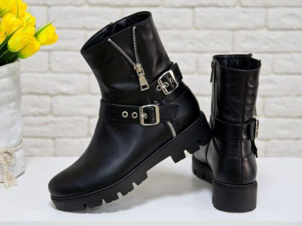 ботинки высокие кожаные с застежками