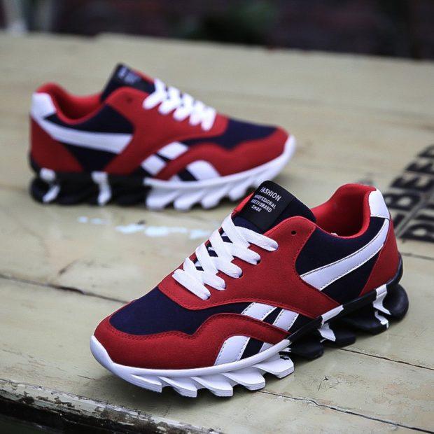 красно-бело-черные кроссовки