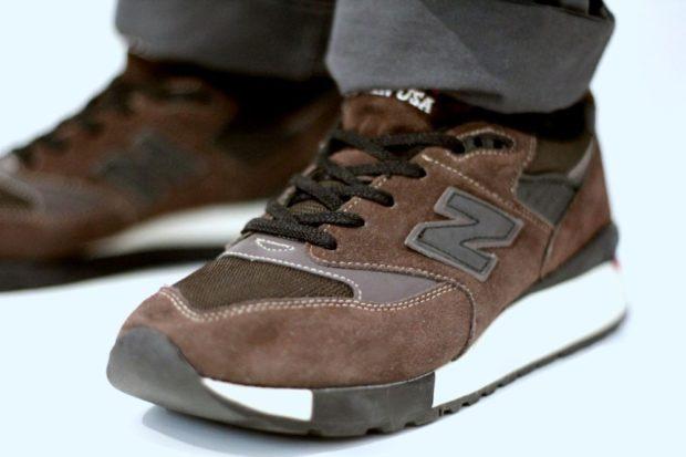 коричневые кроссовки нубук