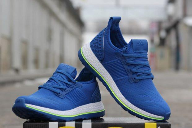 кроссовки синие с белой подошвой