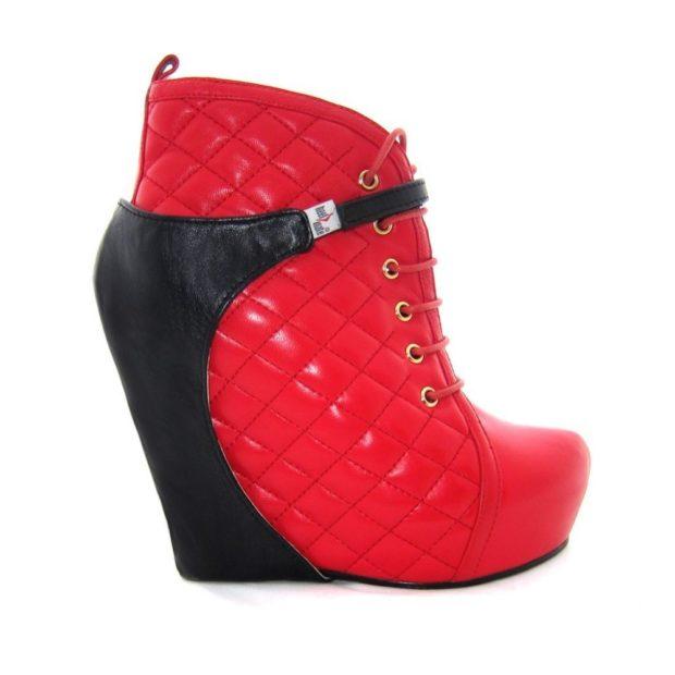 ботинки красные стеганые с черным
