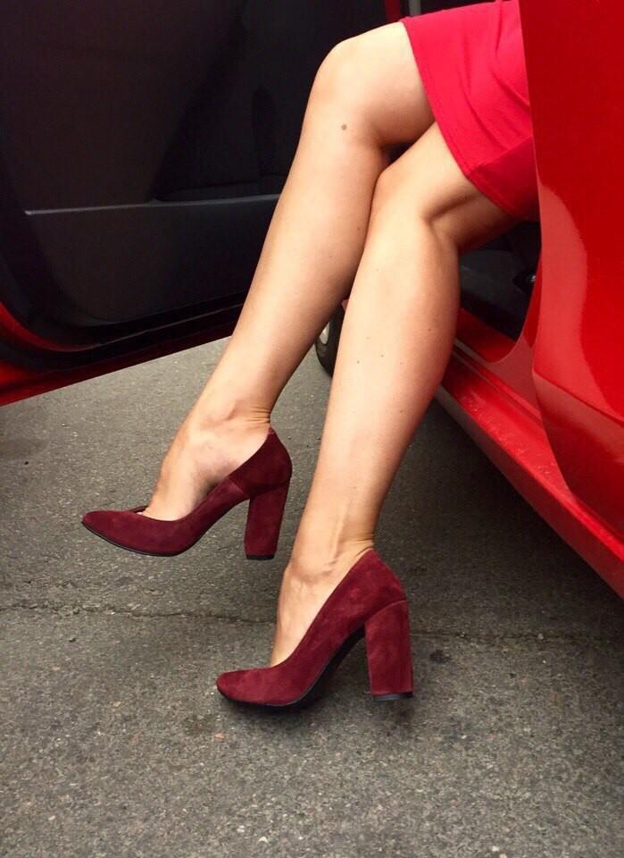 туфли на толстом каблуке бордовые замшевые