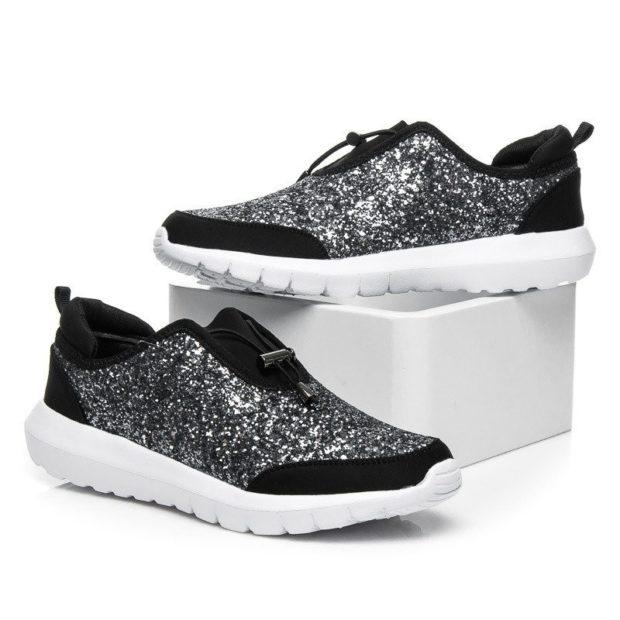 кроссовки черные с серебром подошва белая
