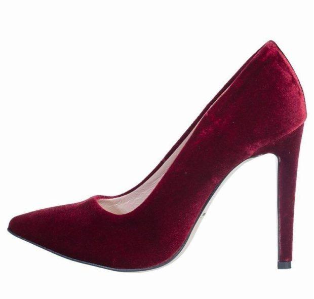 бархатные туфли красные лодочки