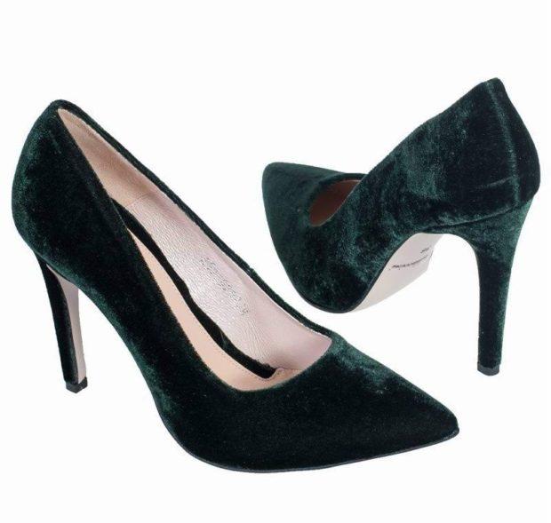зеленые бархатные туфли лодочки