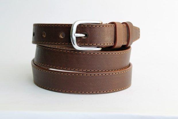 модные аксессуары: ремень кожаный коричневый