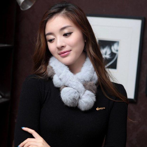 шарф серый из меха короткий
