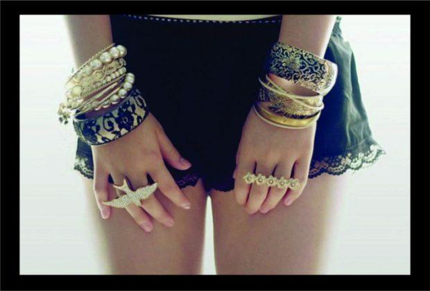 модные браслеты: массивные из металла бусин кожа