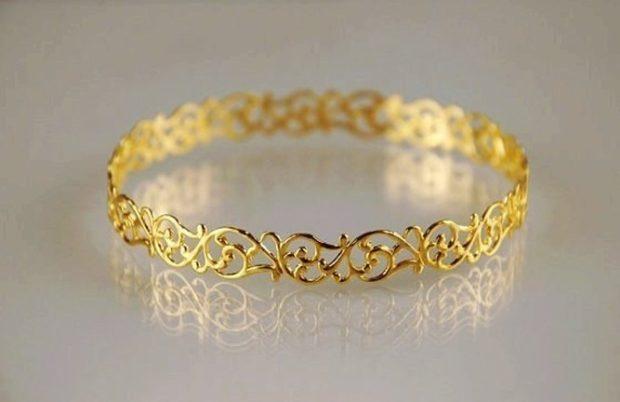 женские браслеты: ажурный золотой