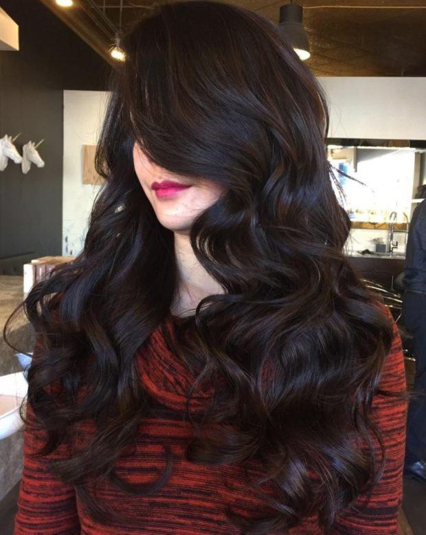модные цвета волос: темное окрашивание под натуральный