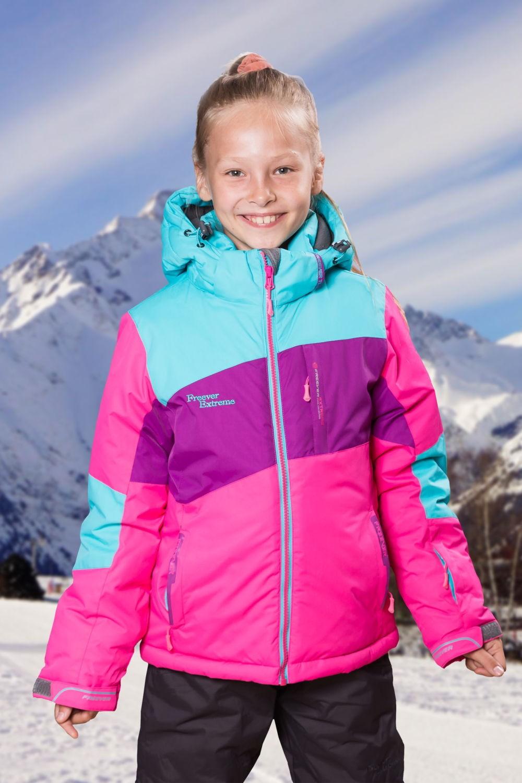 спортивная яркая куртка для девочки зимняя