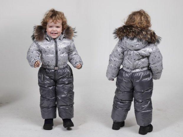детские зимние куртки: комбинезон стеганый серый с капюшоном для мальчиков