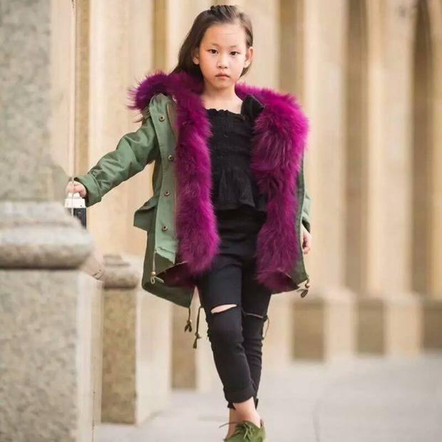 детская куртка-парка зеленая с фиолетовым мехом