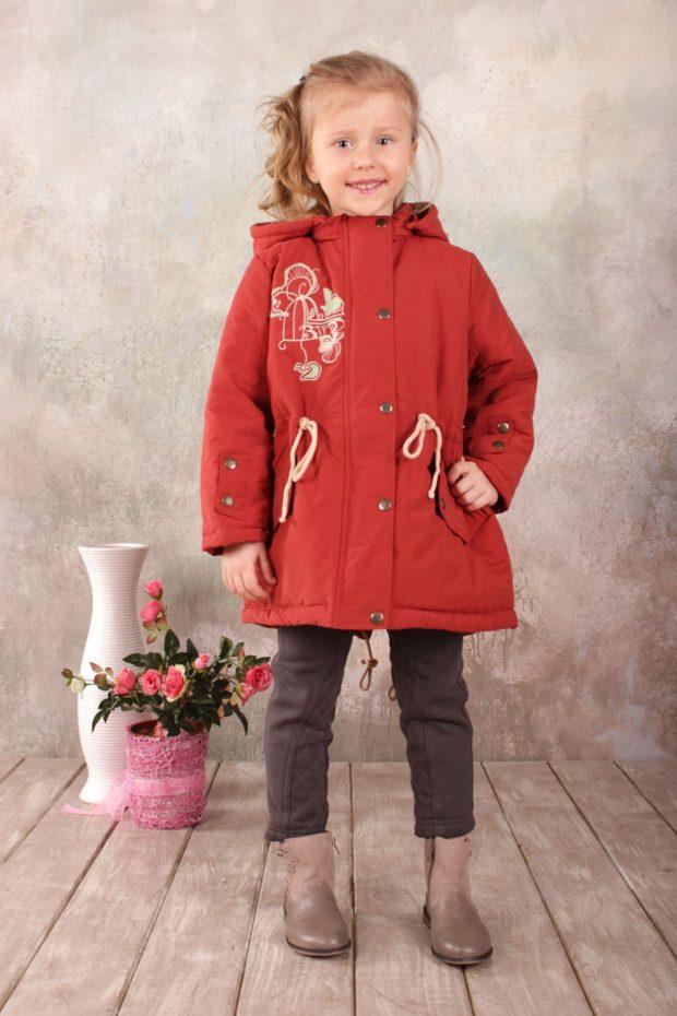 детская куртка-парка красная осенняя