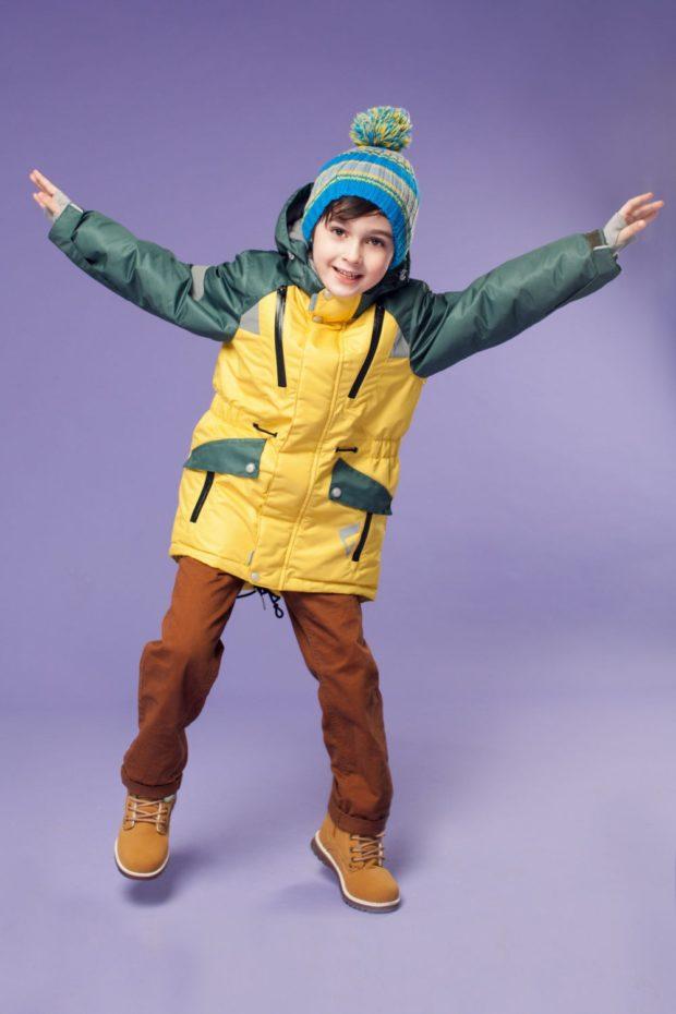 детские куртки для мальчиков зима: желтая с зелеными рукавами