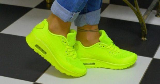 неоновые кроссовки салатовые