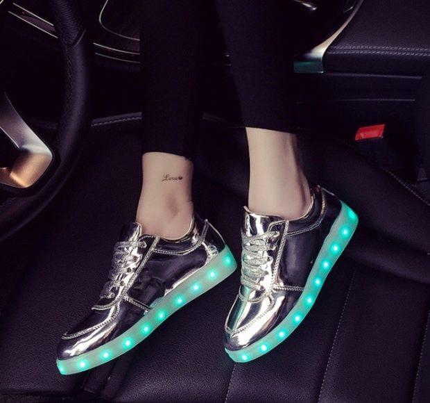 светящиеся кроссовки салатовым черные с серебром