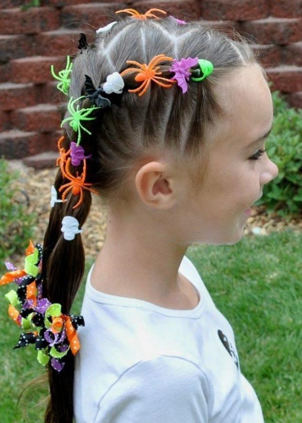 модная стрижка девочке: жгут с красивыми заколками