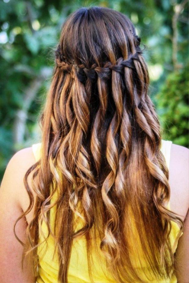 модная стрижка девочке: французский водопад вокруг головы красивый локоны по всей длине волос