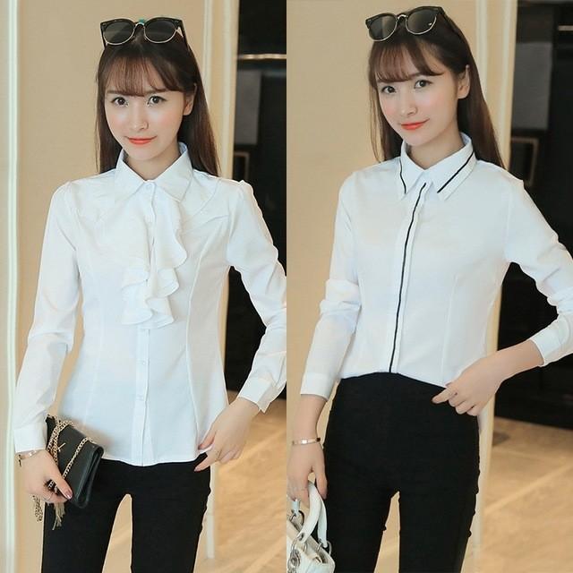 рубашки женские 2018 года модные: белая с рюшами и в черную полоску