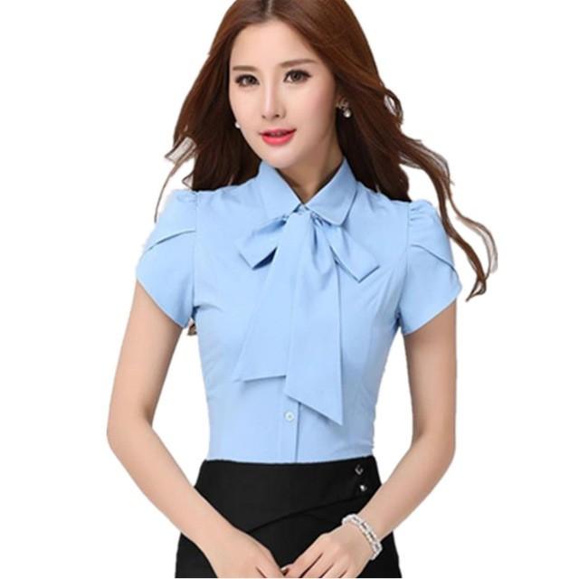 рубашки женские стильные 2018: голубая с короткими рукавами и бантом