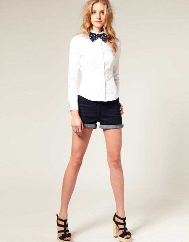 женская модная рубашка: белая с бантом