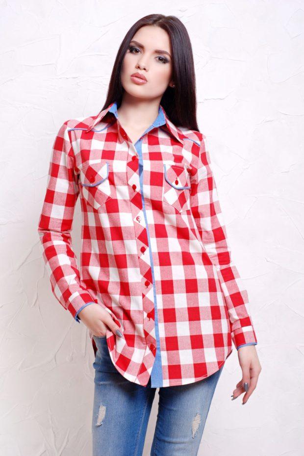 женская модная рубашка: в красную клетку