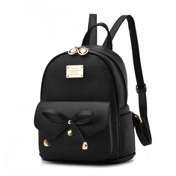 рюкзак кожаный черный с декором