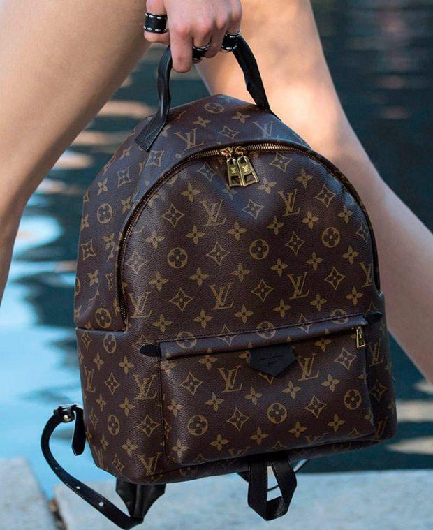 рюкзак кожаный коричневый с принтом