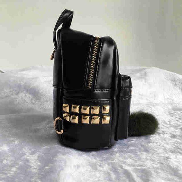 мини-рюкзак черный лаковый с заклепками
