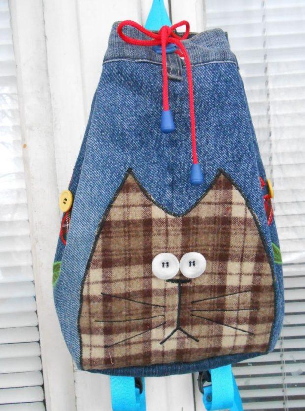 джинсовый рюкзак в виде мешка с котом