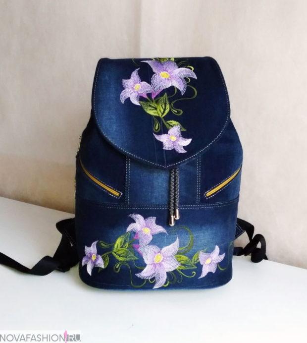 джинсовый рюкзак с нашивками цветы