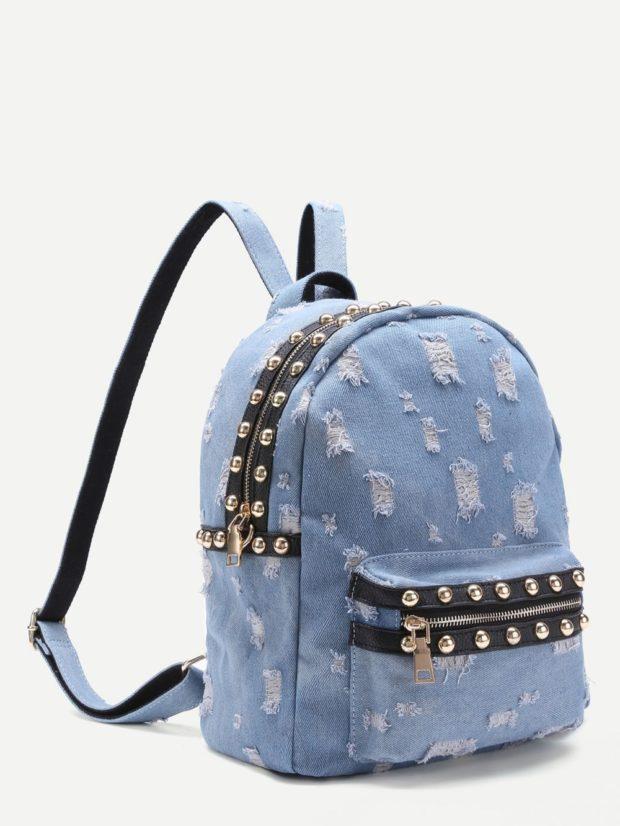 джинсовый рюкзак светлый потертый с заклепками
