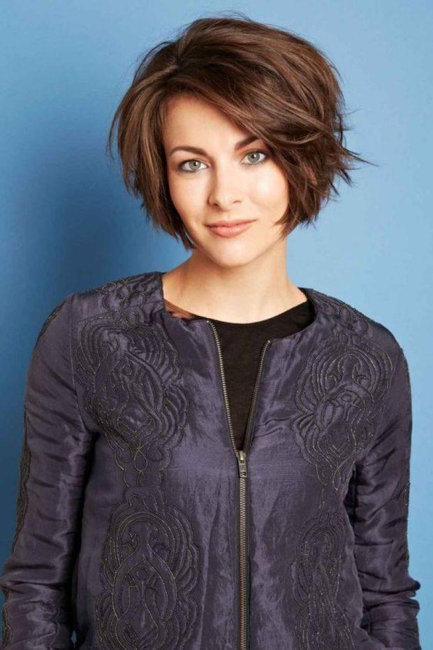 модные короткие стрижки 2018 2019 женские: Градуированное каре без челки